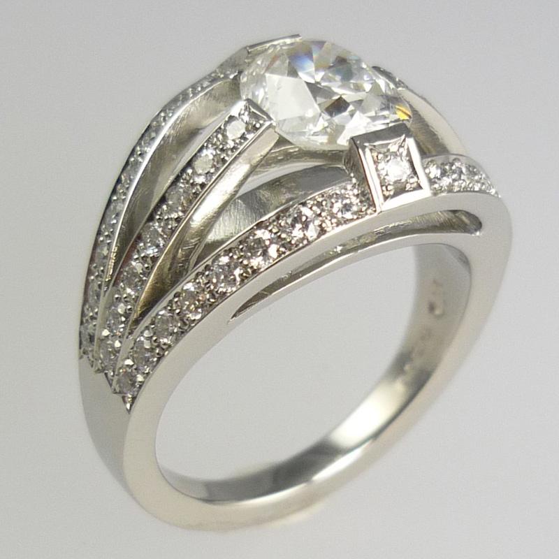 er2 Engagement Rings