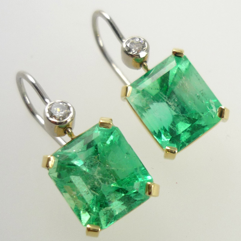 Emerald-diamond-earrings Earrings
