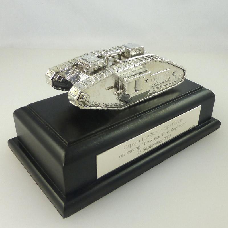 RTR-Silver-Mark-V-Tank Military Silver