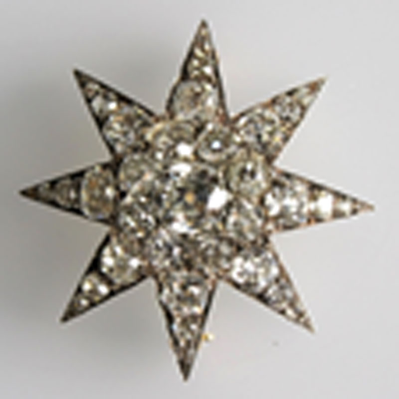 Worn-out-brooch-with-diamonds-insecure Repairs / Remounts